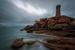 le phare de Mean Ruz (Francois Le Rumeur) Tags: mean ruz lighthouse phare ploumanach bretagne france nikon long exposure seascape dramatic landscape paysage ocean rock