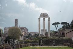Pluie-sur-le-Forum (RS...) Tags: rome roma forum pluie rain pioggia colonnes d7200
