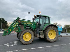 John Deere Tractor (firehouse.ie) Tags: deere johndeere agricultural agriculture farming farm machines machine tractors tractor