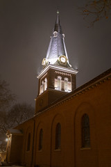 St. Anne's Snowy Steeple (jtgfoto) Tags: approved annapolis snow snowy nightscape nightlights dta downtownannapolis annearundelcounty maryland naptown sonyimages sonyalpha cityscape zeiss stannesepiscopalchurch stannes churchcircle steeple church brick architecture architecturalphotography architectural