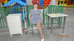 amp-1803 (vsmrn) Tags: amputee woman crutches onelegged nylon pantyhose