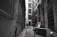 Cul de sac (Atreides59) Tags: lyon rhone rhône france urban urbain street black white bw blackandwhite noir blanc nb noiretblanc pentax k30 k 30 pentaxart atreides atreides59 cedriclafrance