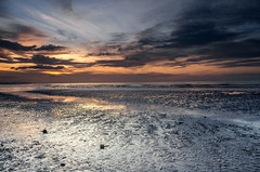 Sunset, Wallasey (Philip Brookes) Tags: wallasey merseyside wirral england britain unitedkingdom coast shore tide waders cloud