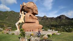20190123_024_nuku_hiva_tiki_tuhiva_overlooking_taiohae_bay_1920_1080 (lindy_scuba) Tags: frenchpolynesia jacqueline marquesas nukuhiva statue taiohae tiki