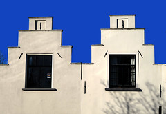 Twins (YIP2) Tags: twins double two old city cities historical architecture outdoors urban pattern window design details urbandetail wall delft houses