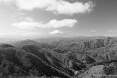 Mt Fuji from Tanzawa B&W (takashi_matsumura) Tags: mt fuji tanzawa tonodake kanagawa japan bw nikon d5300 mountains trekking monochrome afp dx nikkor 1020mm f4556g vr ngc