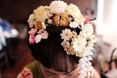 春の日に (atacamaki) Tags: xt1 23mm f14 xf fujifilm jpeg撮って出し atacamaki japan tokyo ueno girl people flower kimono 和装 前撮り 成人 19 20 振袖 着物 かんざし japanese 日本 東京 上野