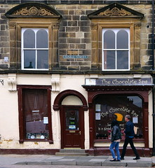 The Chocolate Spa, Alnwick (Snapshooter46) Tags: thechocolatespa shop pedestrians alnwick northumberland fenklestreet sandstonebuilding scrollwork sweetshop