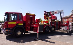 6301 - Surrey FRS - EJ15 OVP - 101_1795 (Call the Cops 999) Tags: uk gb united kingdom great britain england 999 112 emergency service services vehicle vehicles brooklands museum open day bank holiday monday 5 may 2018 surrey fire and rescue
