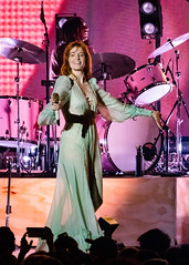 Florence and the Machine 12/09/2018 #15 (jus10h) Tags: florence welch themachine florenceandthemachine theforum forum inglewood losangeles california live music concert festival fest kroq almost acoustic christmas sunday december 9 2018 justinhiguchi sony dscrx10 dscrx10m3