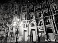 Casas del Cuitu (daviddiez2106) Tags: ciudad arquitectura edificio fachada oviedo uría asturias neobarroco city bw