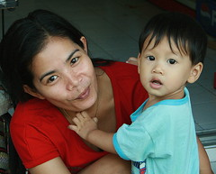 mother and son (the foreign photographer - ฝรั่งถ่) Tags: mother son boy toddler bangkhen bangkok thailand canon
