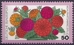 Deutsche Briefmarken (micky the pixel) Tags: briefmarke stamp ephemera deutschland bundespost wohlfahrtsmarke flora blume flower gartenblume zinnien zinniaelegans