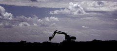 The Big Dig (Mike.Geiger.ca (Myke)) Tags: 2019pt beach beech clouds digger excavator lowcolour sand silhouette sky canada