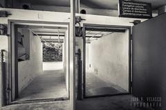 Dachau: El campo de concentración (Juan R. Velasco) Tags: campo concentracion dachau horror germany alemania byn monocromo monochrome bw blackandwhite