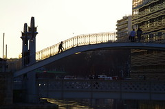 306 - Paris - Février 2019 - le long du Bassin de La Villette (paspog) Tags: paris france février bassindelavillette 2019 canal canaldelourcq pont bridge brücke