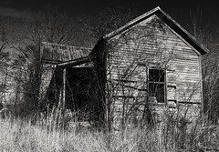 Abandoned house in Shepherdsville,Kentucky  in black and white (A  Train) Tags: nikond750 nikon tamronsp1530mmf28 tamron wideangle blackandwhite abandoned ruin urbex shadows kentucky shepherdsville shepherdsvillekentucky dxo