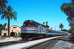 High Noon Hogger Hello (C.P. Kirkie) Tags: amtrak amtk capitolcorridor amtrakcapitol f40ph emd passengertrain railroads trains california davis northerncalifornia southernpacific sp spwesterndivision palmtrees locomotive