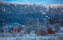Unneland (2000stargazer) Tags: unneland bergen norway borgaskaret vidden landscape mountains winter snow farm canon