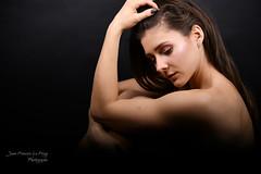 KOZ_9210 (jeanfrancoislaforge) Tags: koz studio nikon d850 portrait femme woman danse noir balck blackbackground iso64 beauté beauty