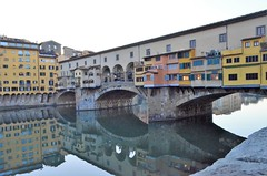 Firenze . Ponte Vecchio - Reflections (presbi) Tags: italy italia italie florence firenze pontevecchio reflections réflexions arno
