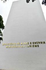 Fotos produzidas pelo Senado (Senado Federal) Tags: bie fachada prédio governofederal letreiro esplanadadosministérios ministériodainfraestrutura ministériodeminaseenergia mme ministériodoturismo mtur identificação brasília df brasil bra