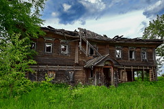 0211 (deni.spiri) Tags: lostplaces abandoned abandonedplaces russia abandonedworld adventures decay adventure nature offroad abandonedplace kostroma village urban forgotten forggoten trip urbex wood oldhouse discovery journey oldbuilding lost