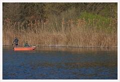 Pescatori sull'Oglio (Outlaw Pete 65) Tags: paesaggi landscapes natura nature fiume river acqua water barca boat persone people pescatori fishermen fujixe3 fujinon55200mm cividino lombardia italia