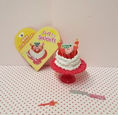 Re-ment Heart Sweets no. 8 #miniaturecake #Rement #rementheartsweets #rementcake #miniature #miniaturecake #Valentinesday (wpnschick) Tags: rementheartsweets miniaturecake rementcake miniature rement valentinesday