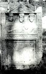 Kolovrat (digitalepigraphyserbia) Tags: roman stela
