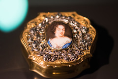 Tiny snuff box with portrait of a lady (quinet) Tags: 2017 amsterdam antik netherlands rijksmuseum ancien antique museum musée