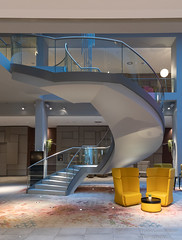 Wendeltreppe (Frank Guschmann) Tags: 8 ellatrebestrasse steigenberger treppe staircase staitwell escaliers stairs stufen steps architektur frankguschmann nikond500 d500 nikon