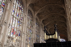 King's College (mbphillips) Tags: cambridgeshire cambridgeuniversity kingscollegechapel britain greatbritain britishisles unitedkingdom johnwastell reginaldely gothic architecture fanvaulted 欧洲 유럽 europa reinounido 영국 잉글랜드 英国 英格兰 剑桥 케임브리지 ケンブリッジ geotagged photojournalism photojournalist kingscollege 캠브리지 travel angleterre inglaterra 英國 イングランド 캐논 canon80d canoneos80d canon 국왕의 대학 europe ヨーロッパ cambridge england english sigma1835mmf18dchsm sigma