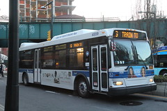 IMG_5148 (GojiMet86) Tags: mta nyc new york city bus buses 2009 orion vii ng hlf 4559 subway shuttle jackson avenue davis street