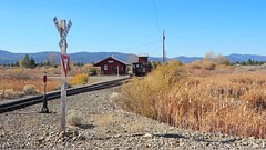 Yield - Railroad Crossing (Eclectic Jack) Tags: eastern oregon trip october 2018 rural agriculture farm farming autumn fall mountains irrigation r