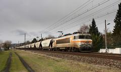 BB7200 céréalière (videostrains) Tags: train sncf fret bb7200 bb7241 nez cassé railway ain rhone alpes amberieu béton cereales wagons