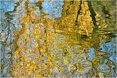 acquastratta  ... (miriam ulivi) Tags: miriamulivi nikond3200 fiume river riflessi reflections colori colours azzurro blue giallo yellow grigio grey nature