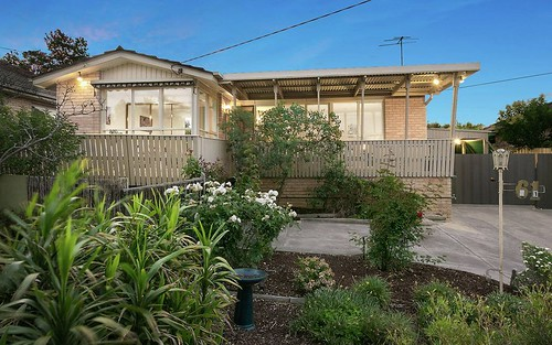 61 Heathfield Rise, Box Hill North VIC 3129