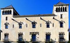 Barcelona - Passeig Santa Eulàlia 025 b (Arnim Schulz) Tags: haus maison architektur achitecture arquitectura fassade facade facana fachada altstadt gebäude building kunst art arte