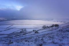 Overstones Farm (l4ts) Tags: landscape derbyshire peakdistrict darkpeak hopevalley hathersage snow winter overstones farm fog lowcloud stanageedge