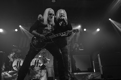 Mick Box : guitar and vocals, Bernie Shaw : lead vocals - Uriah Heep (Samarrakaton) Tags: 2019 samarrakaton nikon d750 2470 bilbao bilbo bizkaia santana27 show live directo concierto concert rock rockband uriahheep byn bn blancoynegro blackandwhite monocromo guitar guitarra mickbox