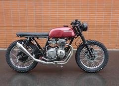 HONDA 350 FOUR SCRAMBLER (♥ L'humoureuse :-)) Tags: honda moto scrambler cb350four 1973