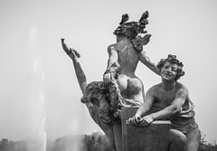 Bubble Butt! (Tyrelli) Tags: sculpture smilingfaces fontana12mesi turin bubblebutt