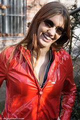Red vinyl hoodie (sexyrainwear_dot_online) Tags: vinyl pvc latex leather lack leder boots overkneeboots overknees lackundleder lackleder lackmantel vinylcoat vinyljacket vinylskirt pvcskirt lackjacke lackstiefel