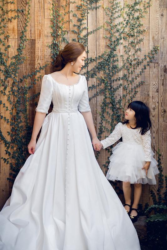 宋慧喬婚紗,全家福,小家庭,親子婚紗,龍鳳掛,葳妮禮服館