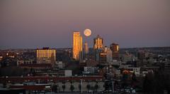 Full moon descending over Calgary (Christy Turner Photography) Tags: christyturnerphotography calgary alberta yyc yyclife