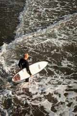 20190325_2601_1D3-40 Heading out for a surf (johnstewartnz) Tags: newbrighton newbrightonbeach canon canonapsh apsh eos 1dmarkiii 1d3 1dmark3 1d 1dmkiii 1dmk3 1diii 100canon 1740mm 1740 ef1740mmf4lusm surf surfing crazytuesday fromabove lookingdown
