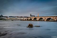 Blois (v.hajek) Tags: longexposure loirevalley poselongue loire sunset coucherdesoleil city bluehour ville heurebleue blois