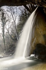 Un voile arachnéen sous une lumière apaisante (paul.porral) Tags: flickr ngc waterfall wasserfall cascade nature naturephotography landscape poselongue longexposure countryside paysage