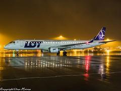 LOT Polish Airlines SP-LNG HAJ at Night (U. Heinze) Tags: aircraft airlines airways airplane flugzeug planespotting plane haj hannoverlangenhagenairporthaj night olympus eddv nightshot